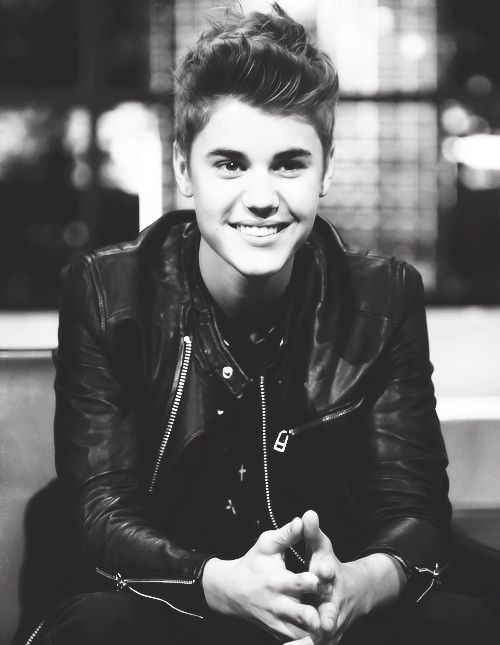 Justin Bieber Most Featured Photo 36