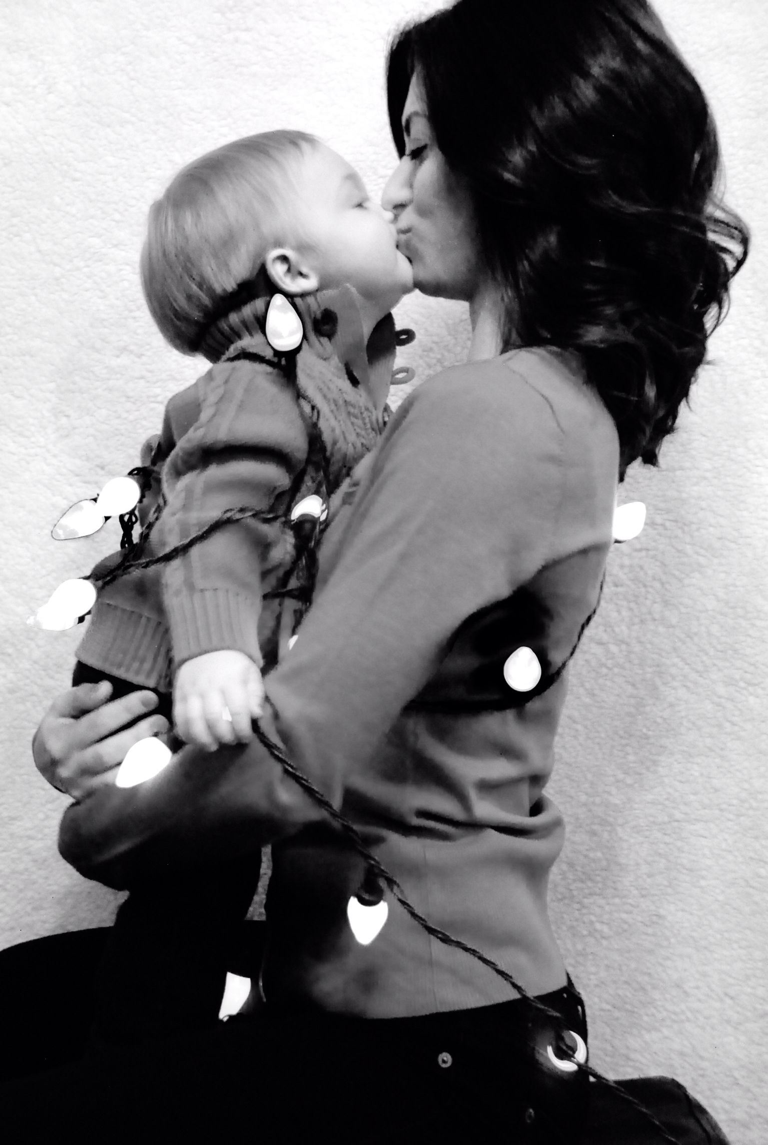 Pin By Elisha Yazmine On Holiday Photo Ideas Mother Son Photos Mother Son Pictures Mommy And Son