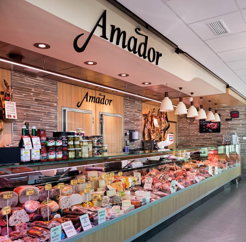 Carnicer a amador puesto de mercado ubicado en galapagar mostradores y gondolas pinterest - Mostradores para carniceria ...