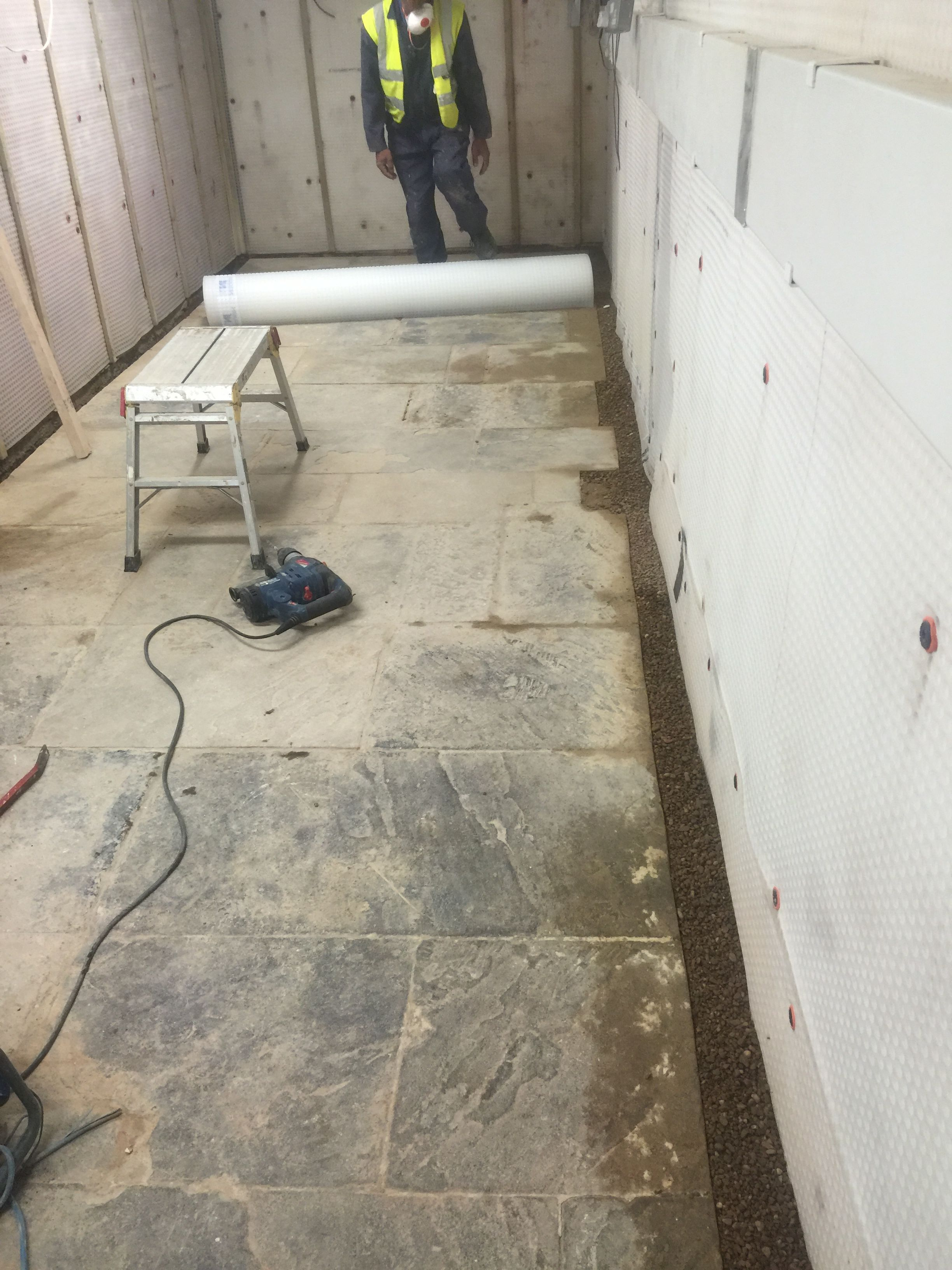 Damp Proofing Rising Damp Cure In Action By ProfessionalsSee - Damp basement walls