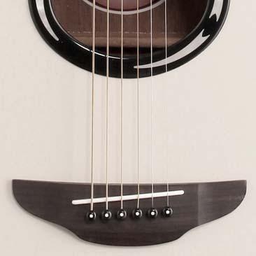 Yamaha Guitar Open Box Apx500 Thinline Cutaway Vintage White