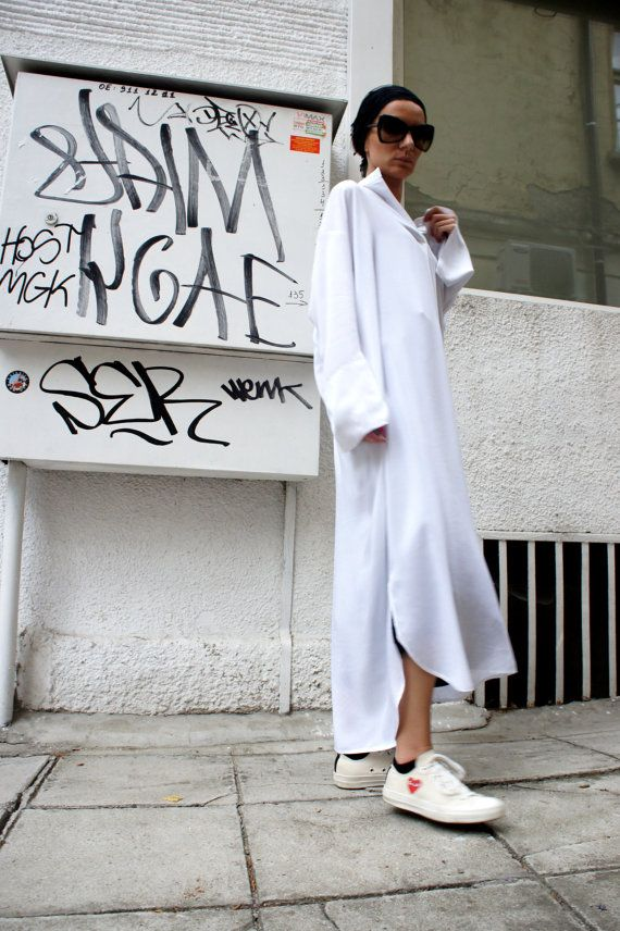 White Long Oversize Loose Shirt/ Asymmetric Maxi by Aakasha