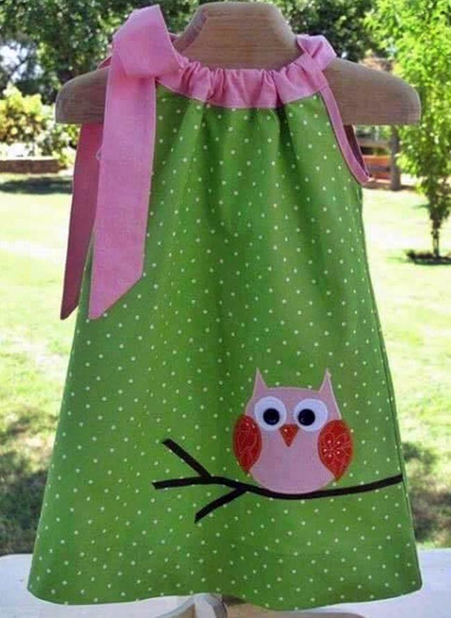 be6f18c836 Sajnos, szabásmintát nem tudok mellékelni az alábbi, kislányoknak készült  nyári ruhákhoz, de aki próbálkozott már szabás-varrással, talán .