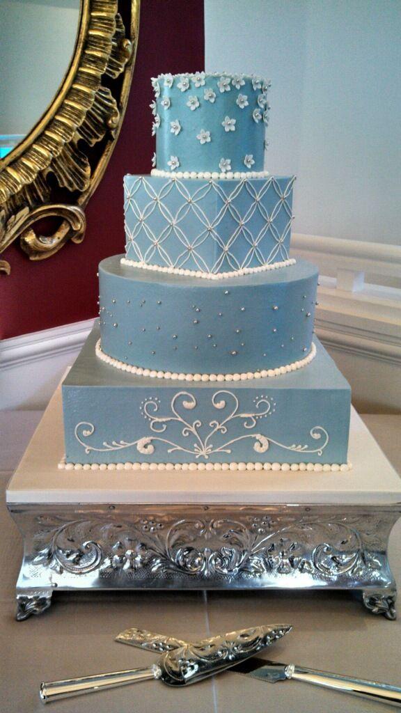 Wedgwood blue wedding cake by Bella e Dolce. Buttercream ...