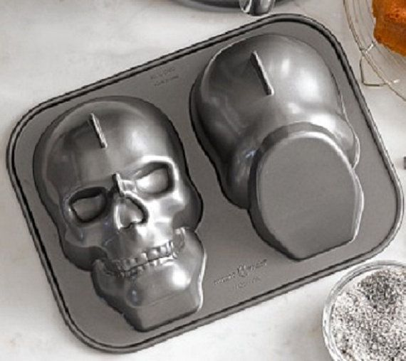 Nordic Ware Skull Head Cake Pan Halloween Party By