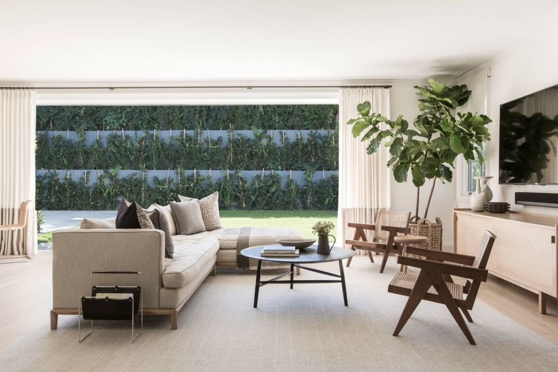 A custom sectional from Lawson Fenning is a key piece for a young family that likes to romp | archdigest.com