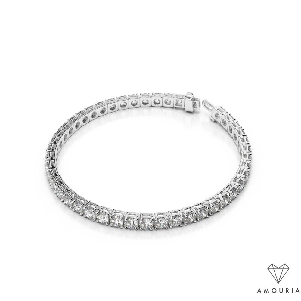 The Classic Design Of This Radiant Diamond Tennis Bracelet Is Versatile And Luxurious Bril Tennis Bracelet Diamond Vintage Gold Bracelet Thin Diamond Bracelet