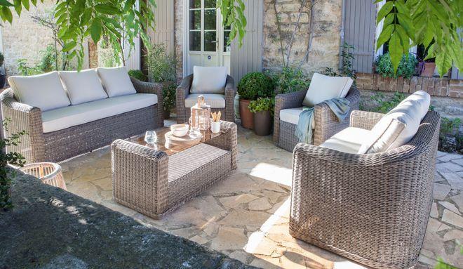 Le rotin, un choix idéal pour un salon de jardin chaleureux | Patio ...
