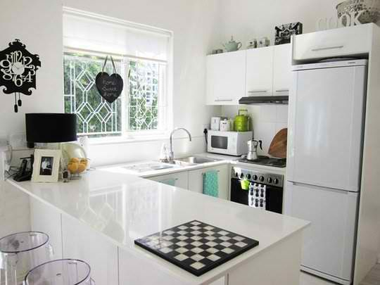 35 Clever And Stylish Small Kitchen Design Ideas | Refrigerator .