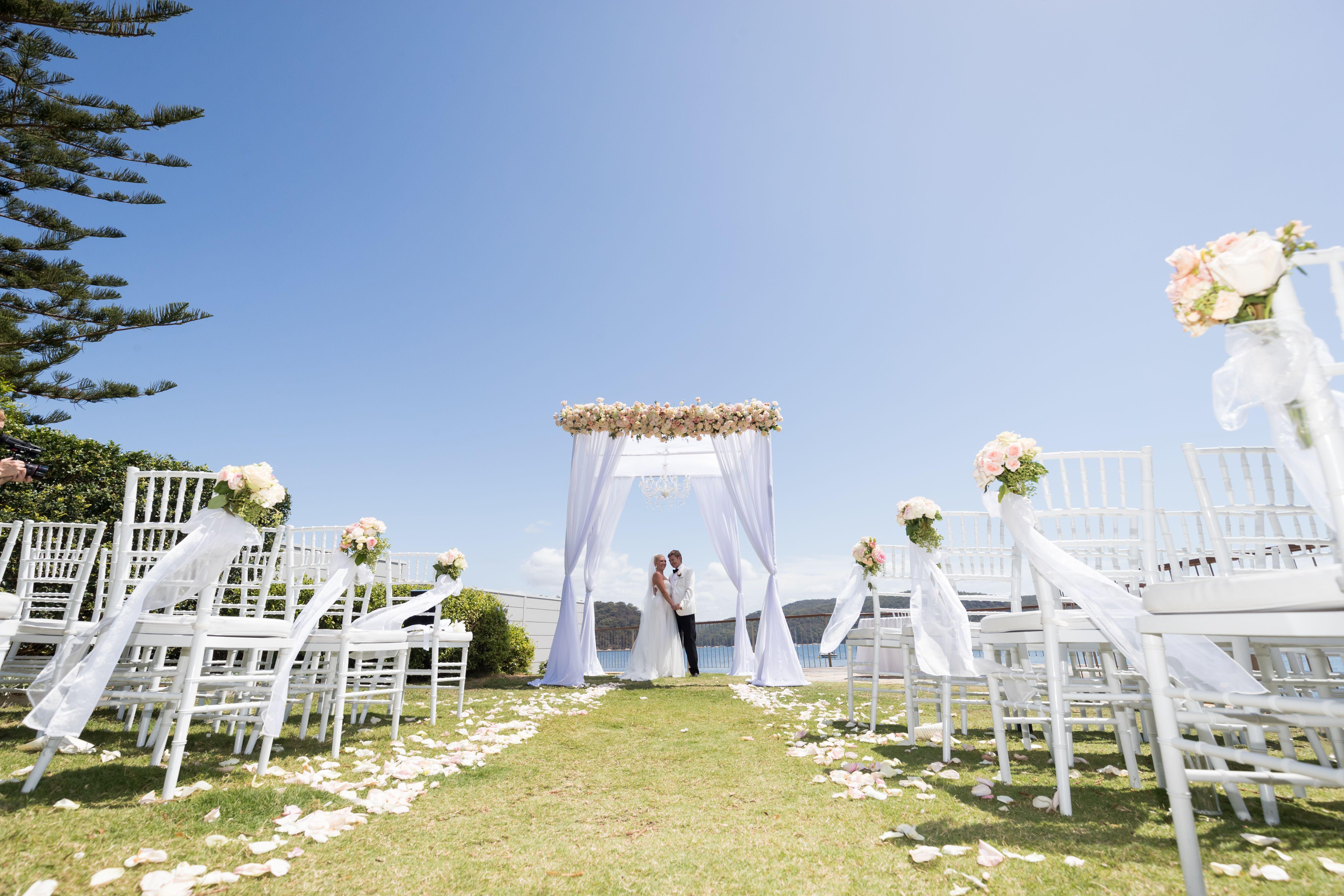Black Tie Sydney Wedding Held At Lucinda Park Palm Beach Planner C