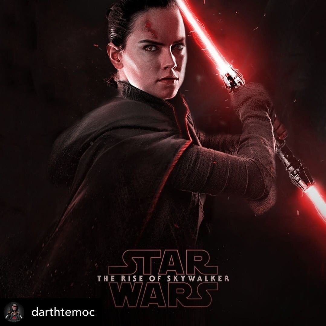Rey Turns To The Darkside In The Rise Of Skywalker Double Bladed Red Lightsaber And Black Robes I M So Rey Star Wars Star Wars Bilder Star Wars Character