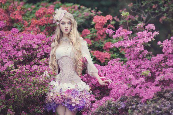 Jupe fleuri, composé de fleurs, romantique, fantaisie, rose et violet, mini, printemps