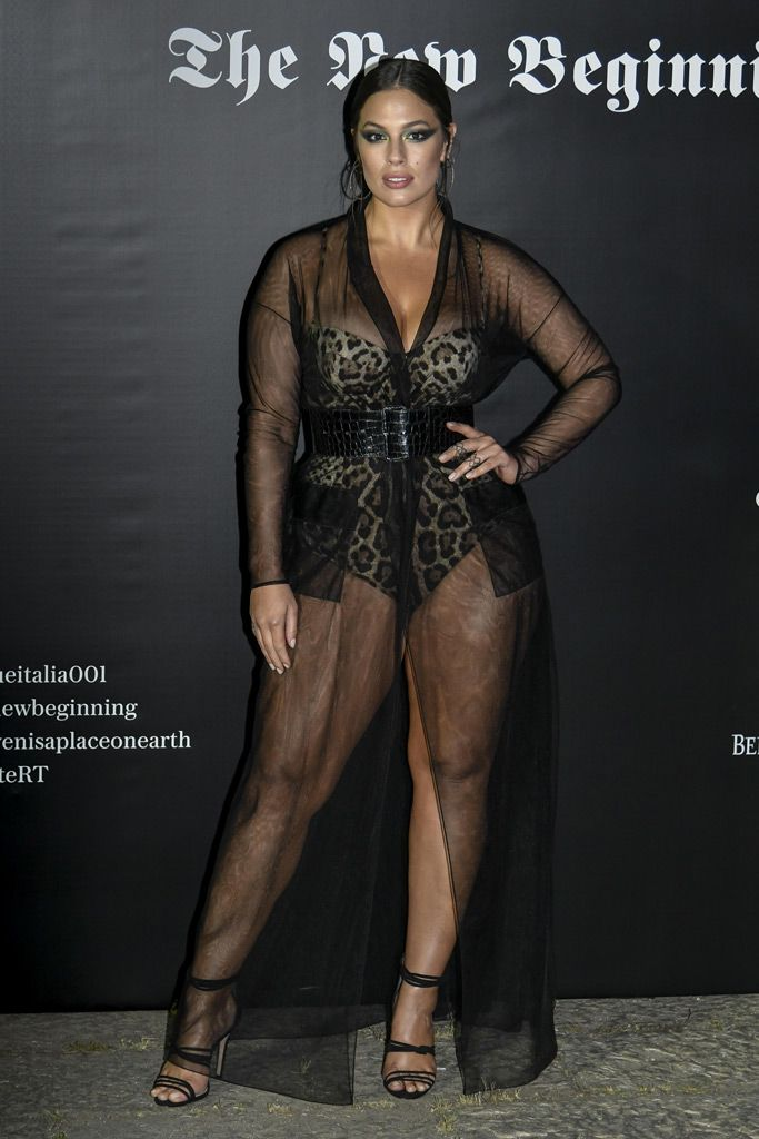 Ashley Graham Wore A Totally Sheer Dress At Milan Fashion Week And She Wasn T Alone Curvy
