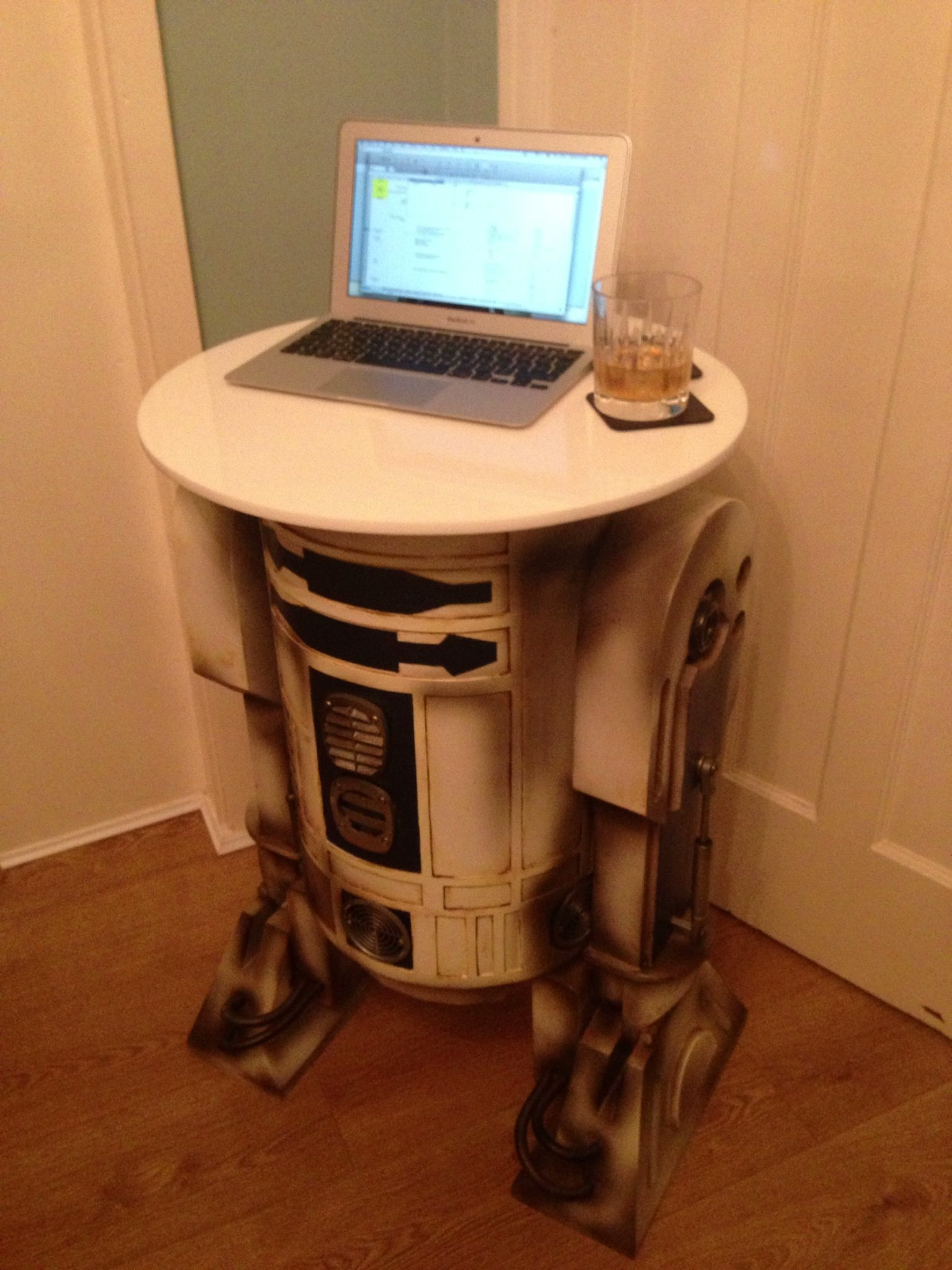 R2d2 Table Made By Zestsquare Com Upcycling Star Wars