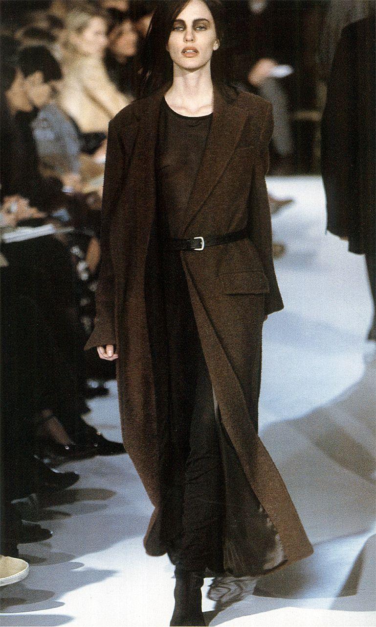 Winter 1997, Ann DemeulemeesterGap PressPrêt-à-Porter CollectionsVolume 11
