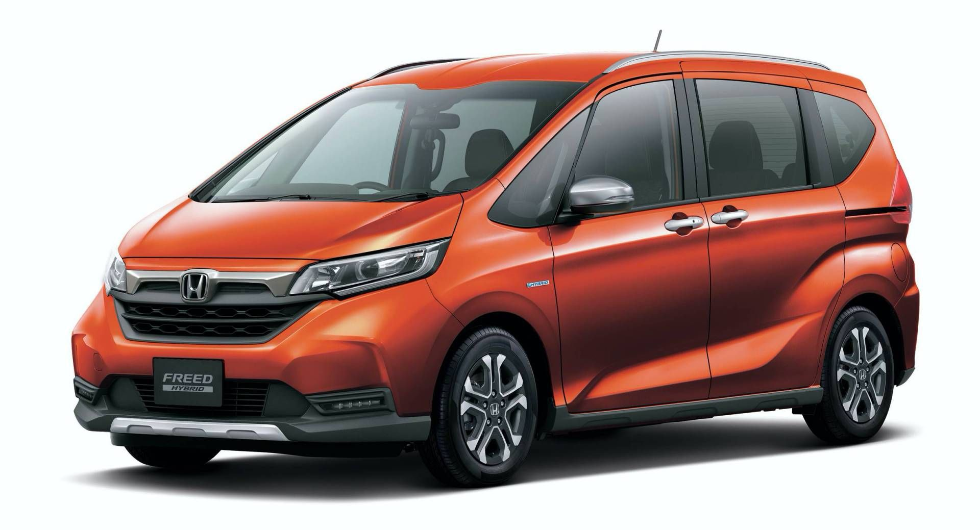 Sharing The Platform With The Honda Fit Jazz The Honda Freed Compact Minivan Offers Up To Seven Seats Honda Fit Honda Fit Jazz Mini Van