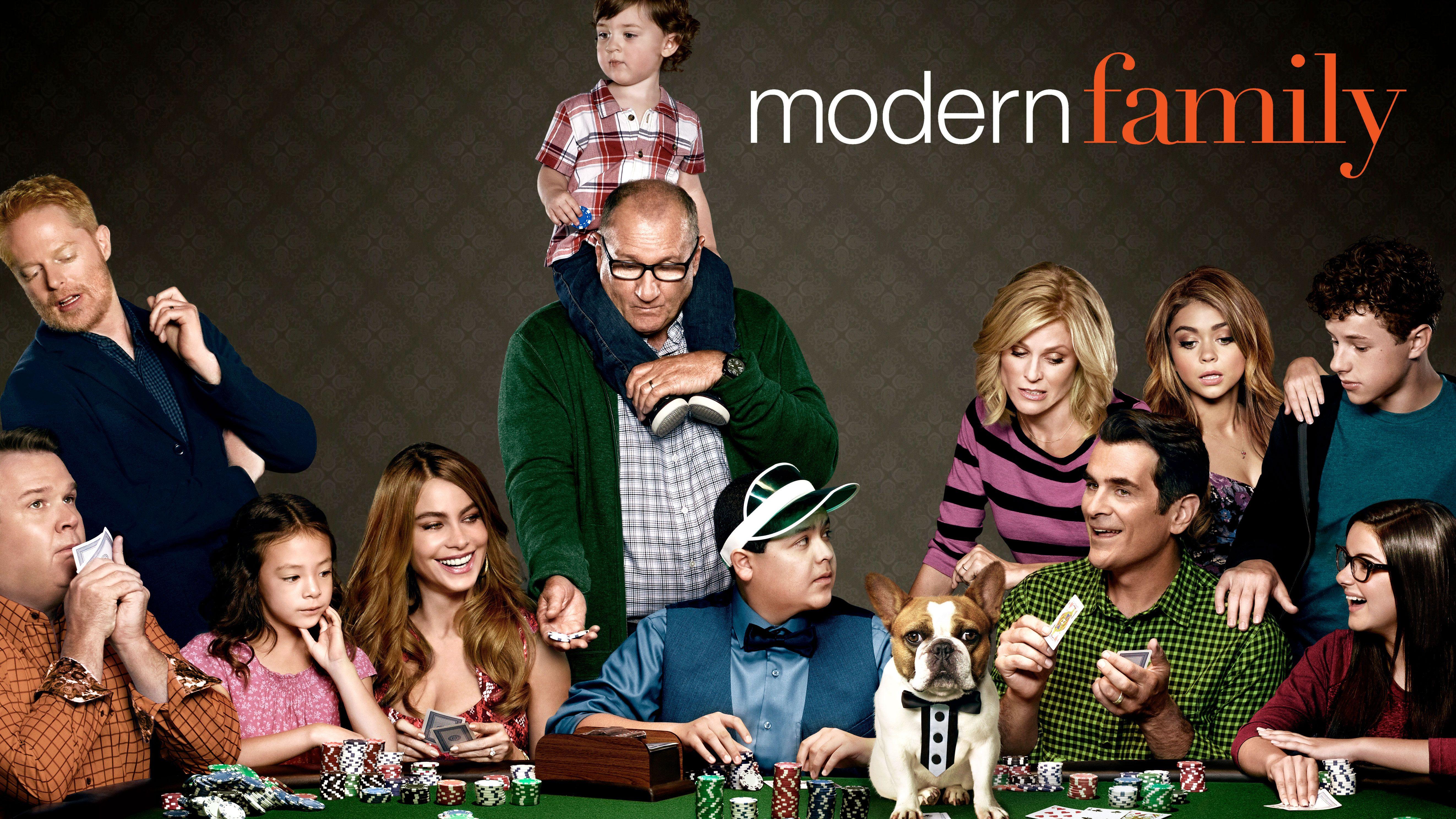 Making The Case For Modern Family Awardsdaily Tv Modern Family Tv Premiere Fall Tv