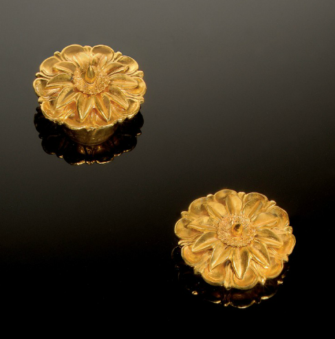 A PAIR OF GREEK GOLD ROSETTE ORNAMENTS 4TH CENTURY B.C. | Christie's