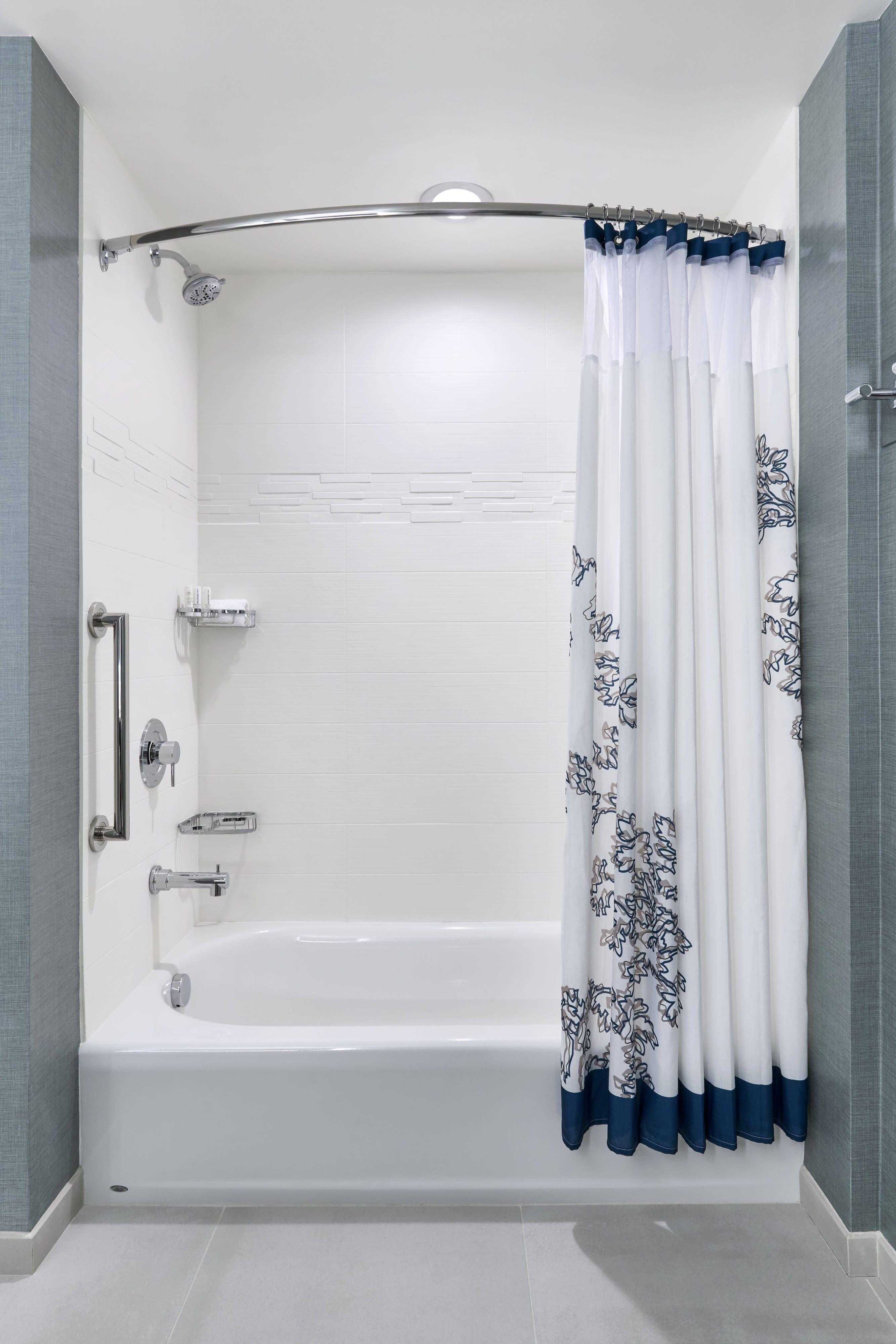 Residence Inn Lynchburg One Bedroom Queen Queen Suite Bathroom