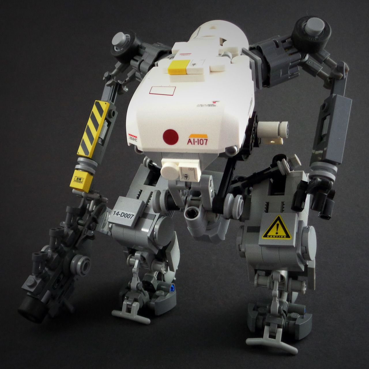 Lego mech by Marco Marozzi More robots here.