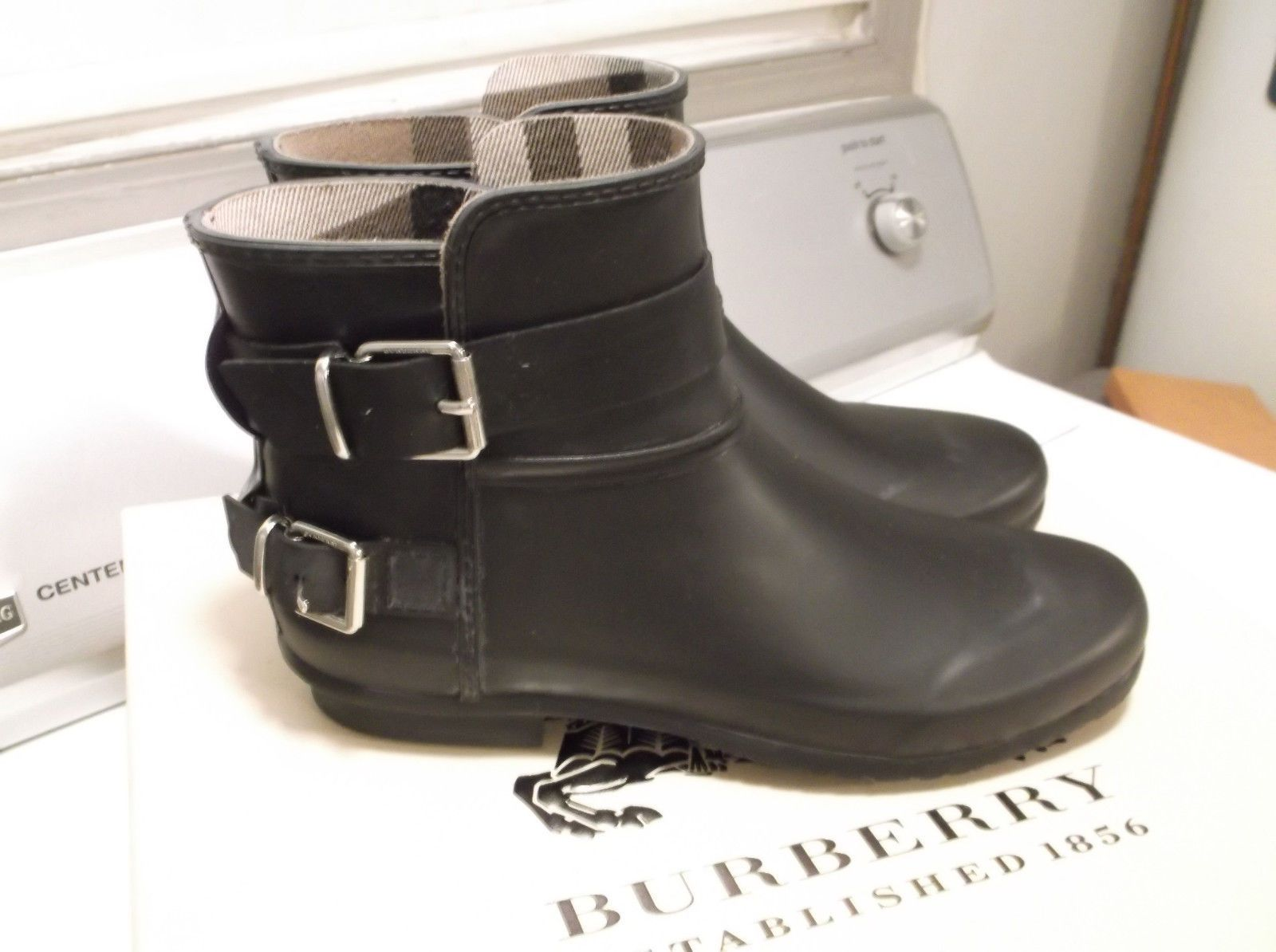 burberry ankle rain boots