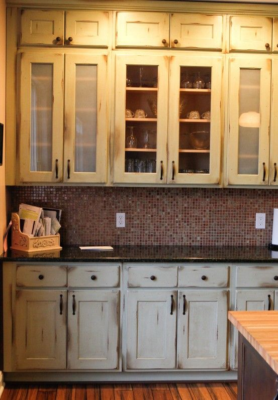 Old World Cabinets From #Shiloh Matched With Beautiful Modern Glass Tile  #oldmeetsnew
