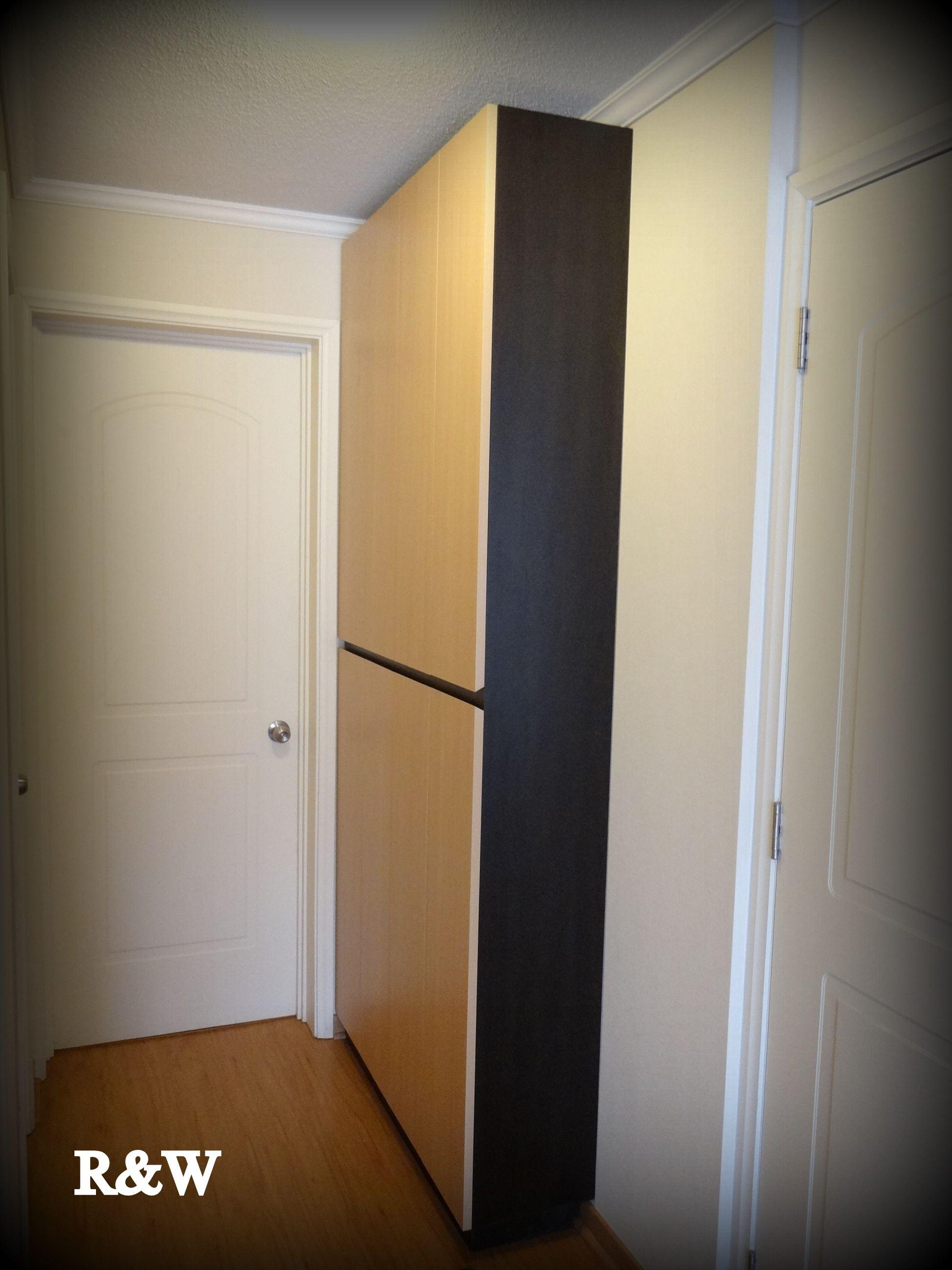 Mueble closet enchapado, muy angosto para el guardado de toallas y ...