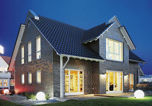 Musterhaus einfamilienhaus  Carina von GUSSEK HAUS in Hannover | Häuser | Pinterest | Hausbau ...