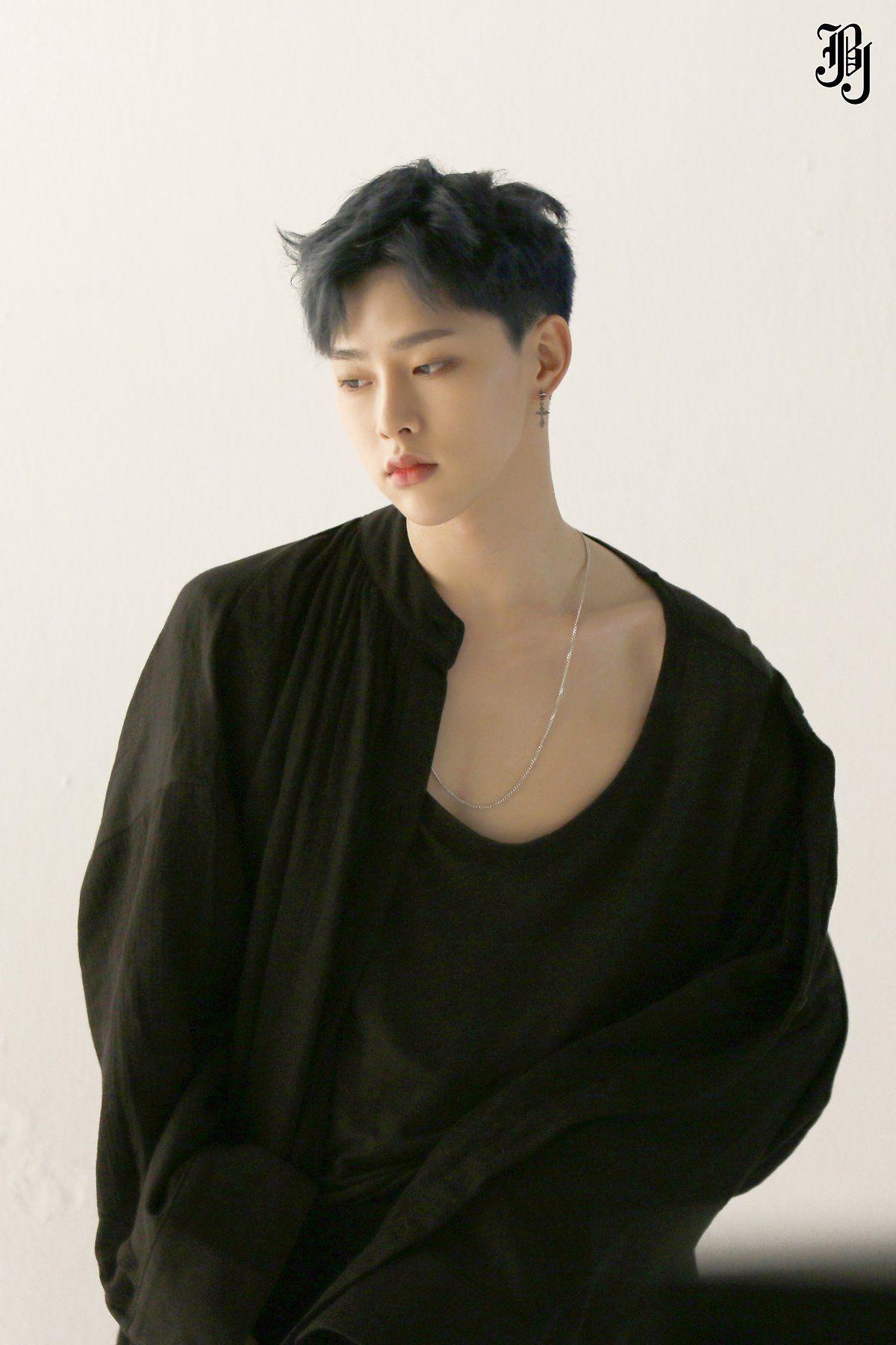 7ac369a276d JBJ 1st MINI ALBUM  FANTASY  BEHIND CUT I-I — Hyunbin