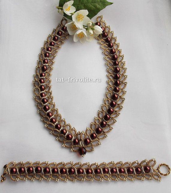 Frivolite necklace and bracelet set by TatFrivolite on Etsy