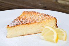 tarte au citron et à la noix de coco !Acidulée, gourmande, onctueuse, craquez pour cette incroyable tarte au citron-coco, l'incroyable mariage qui va vous rendre fou !  @paulinealacremefr Les desserts au citron ont la cote chez les foodistas, et pour cause : la fameuse tarte au citr...