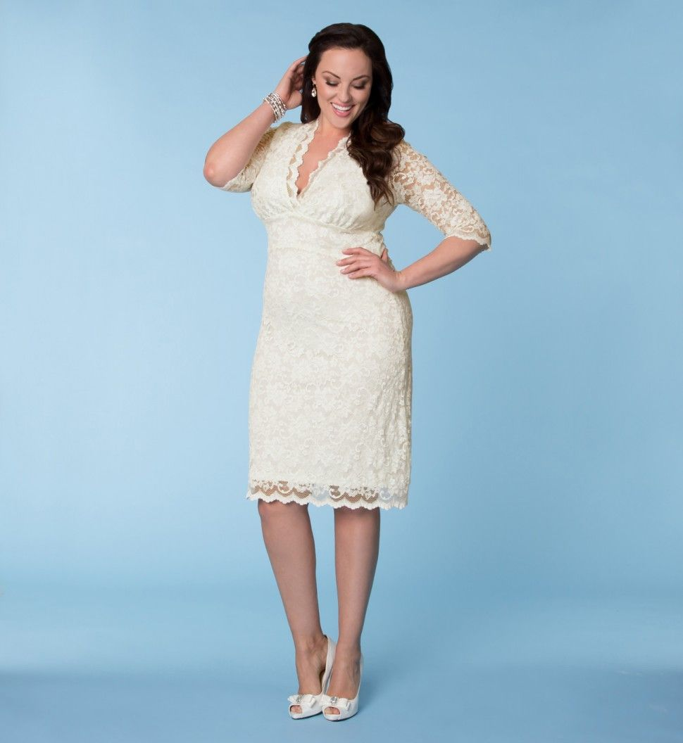 Luxe lace dress. Lovely! But I want a fuller skirt. Love the sleeves ...