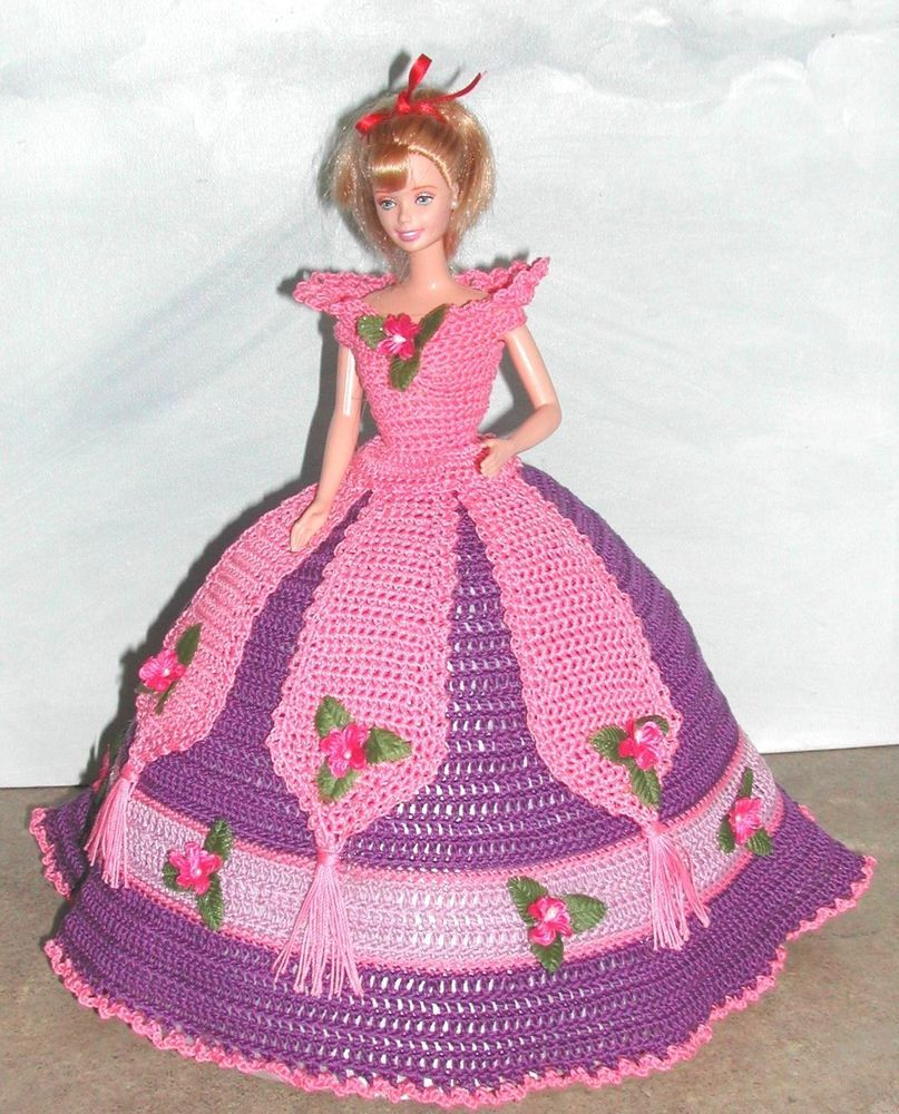 Crochet fashion doll pattern-#668 calendar doll aug 2009 | Barbie ...