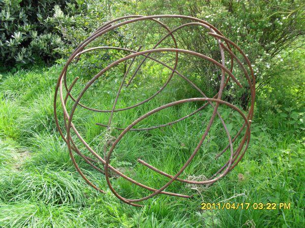 Metal Garden Art for Sale | ... Garden Or Yard Sculptures - Garden Sculpture for sale - ArtParkS