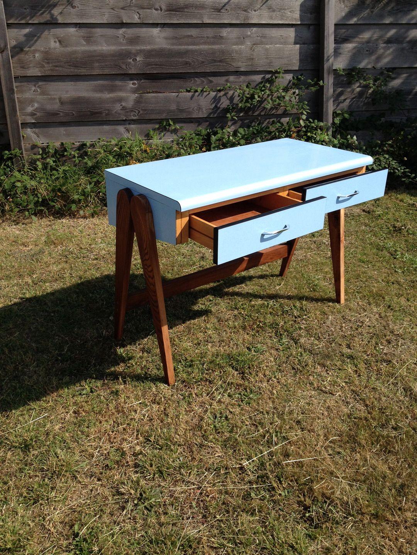 peindre meuble en formica top charmant comment repeindre un meuble vernis comment peindre un. Black Bedroom Furniture Sets. Home Design Ideas