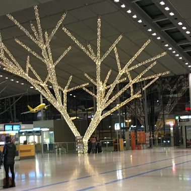 Weihnachten am Flughafen Stuttgart