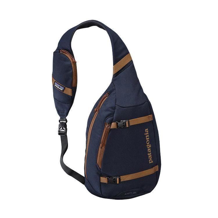 Atom Sling 8L | Patagonia and Navy blue