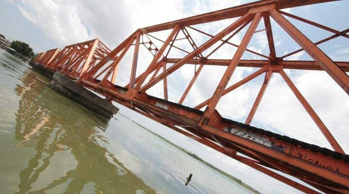 Puente ferrocarrilero de Él Moralillo
