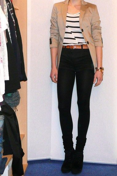 Tops that go with high waisted black jeans