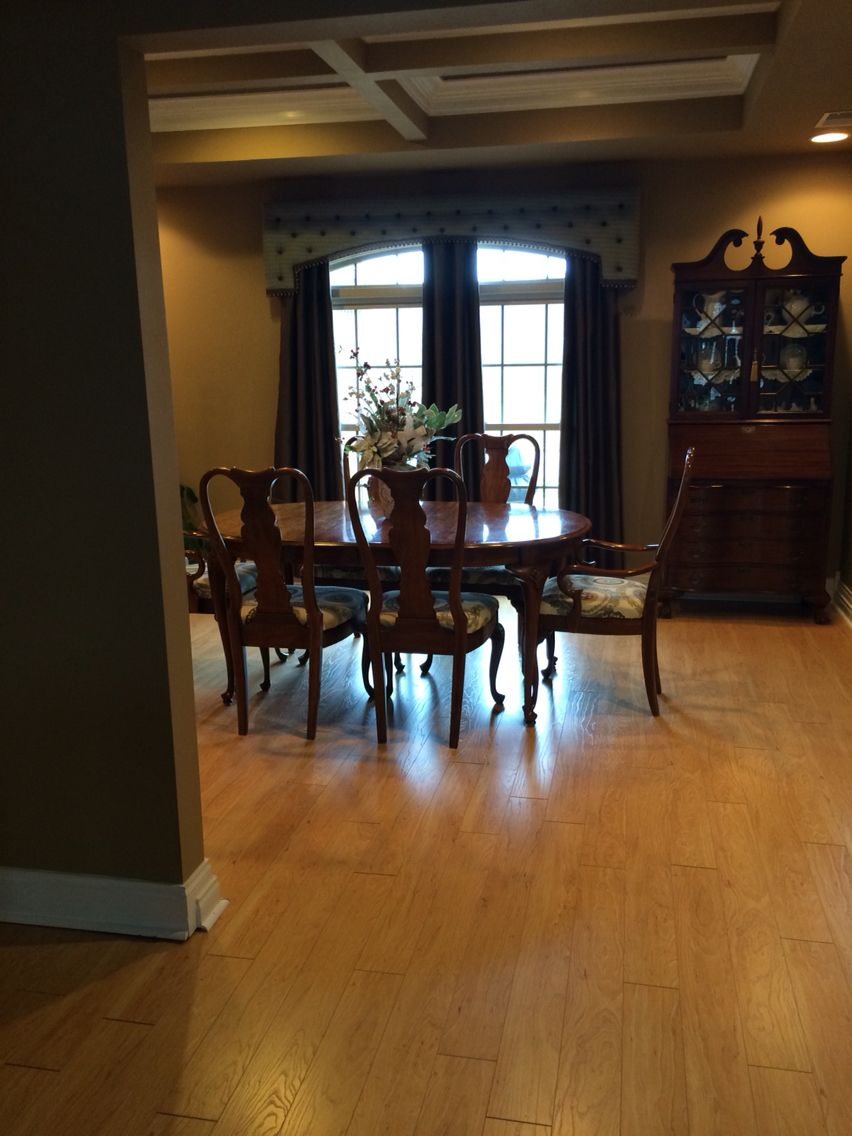 New Pergo Xp Vermont Maple Flooring In Dining Room My