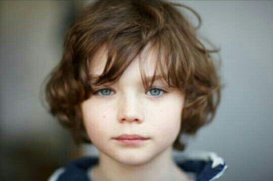 Pin By Kai Pond On Models Blue Eye Kids Brown Hair Blue Eyes