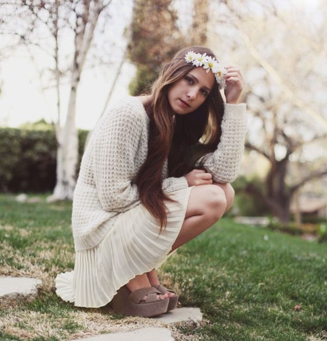 Bethany from Snake's Nest in our Roxy Boxy Pull Over Sweater. http://www.gsom.com/blog