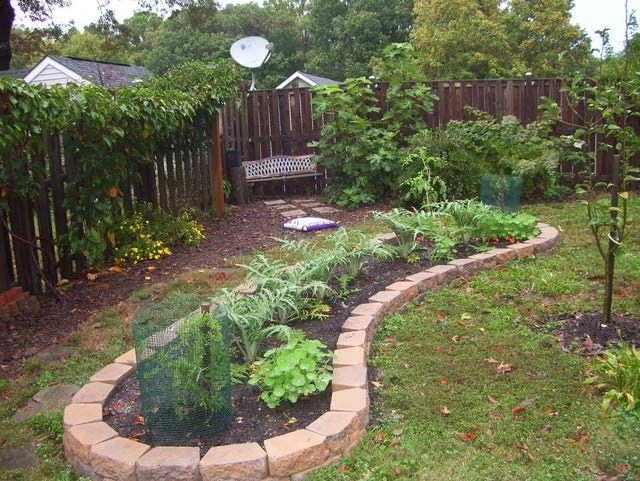 Filling A Large Raised Bed On A Budget Square Foot Gardening