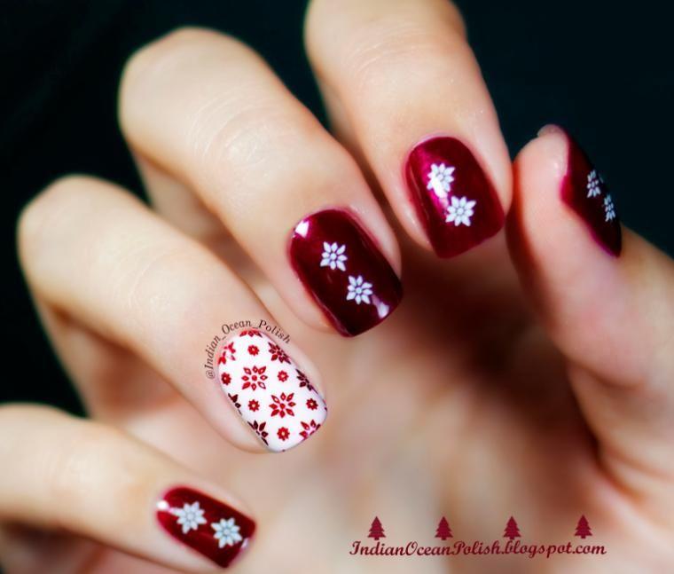 Model Unghii Rosii Cu Fulgi De Zapada Christmas Nail Designs Easy Holiday Nails Christmas Nails Easy