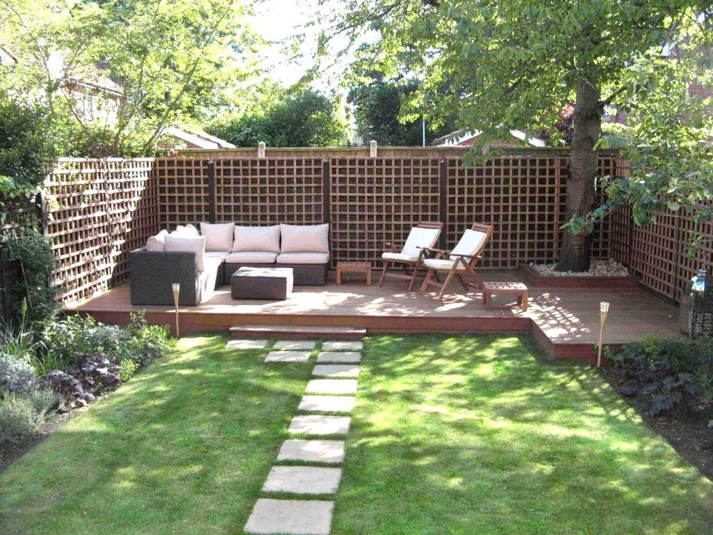 Landscape Design Ideas For Small Rectangular Backyard Privacy On ...