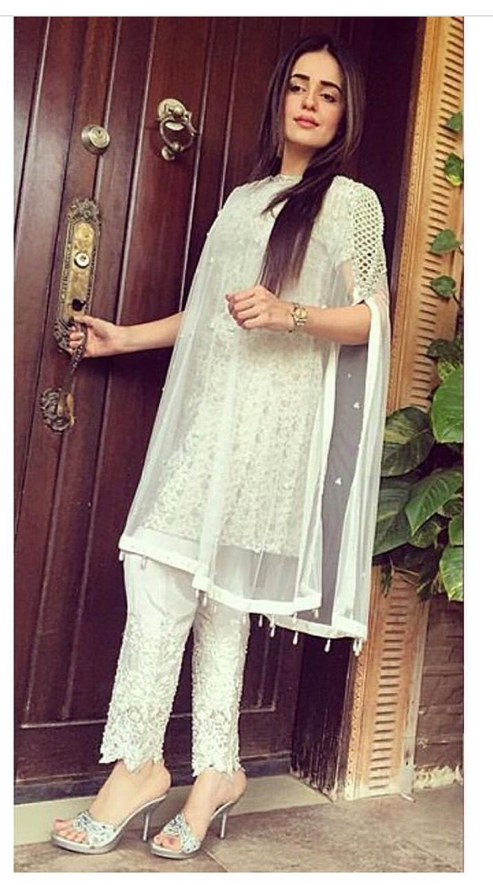 Day by day i'm falling in love with pakistani style everyday. I am ...