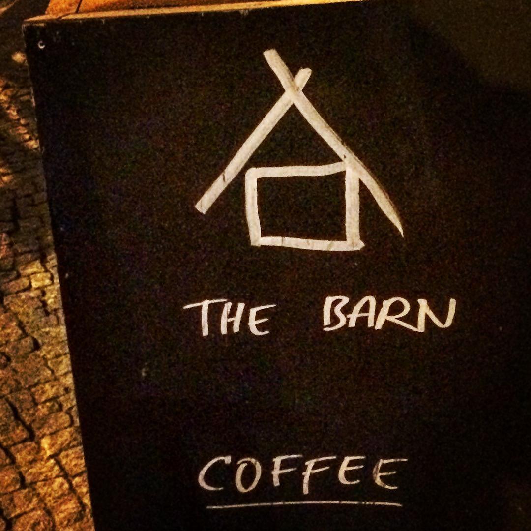 #eat #food #foodie #foodiebarcelona #jordibutron #jordibutronespaisucre #jordibutronpastryschool #chef #chefstalk #chefsofinstagram #theartofplating #coffee #cafe #teatime #barista #baristalife #thebarn #thebarnberlin #berlin by jordibutron.espaisucre