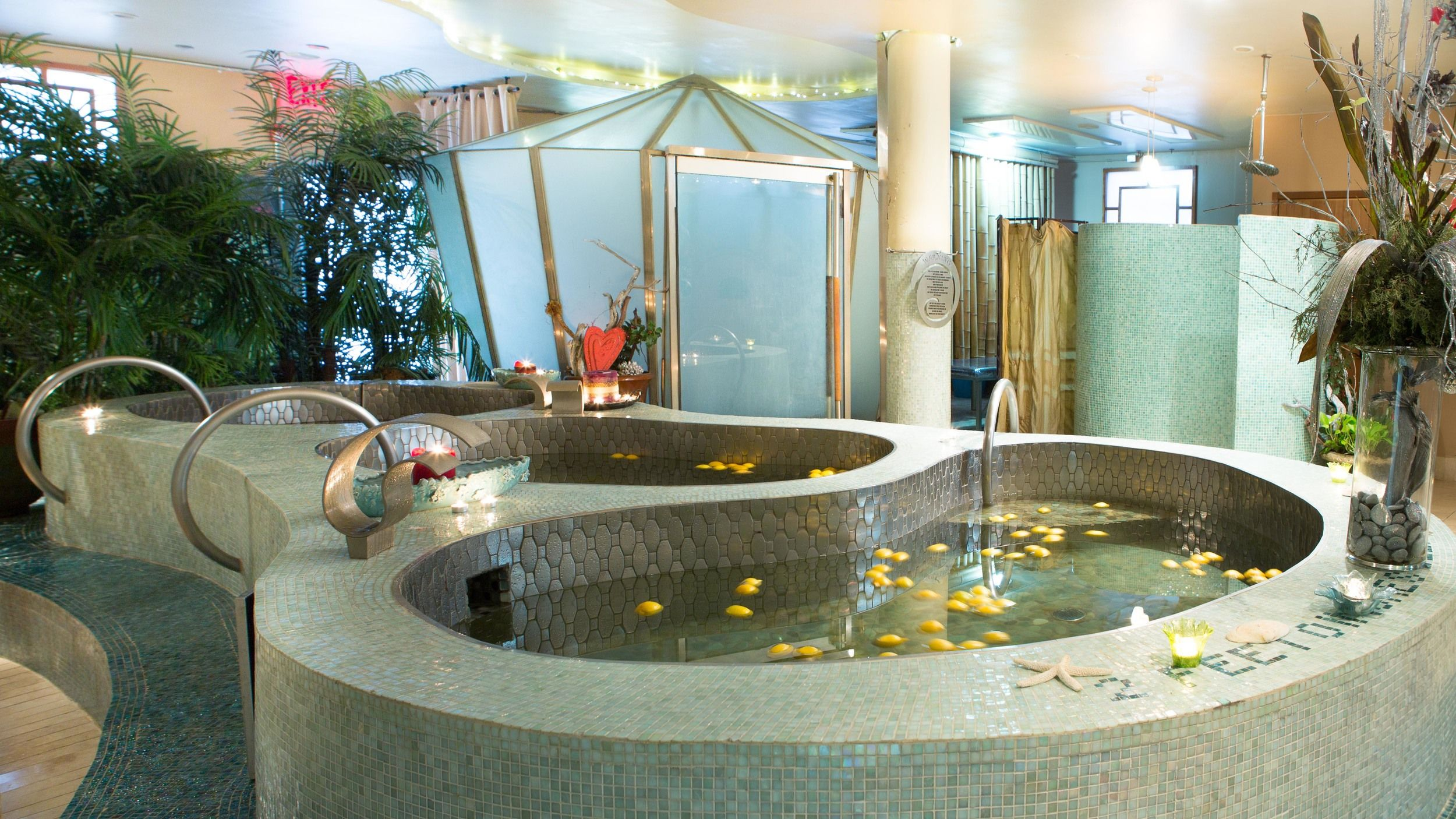 Spa Deal, Foot massage in New York NYC, deep tissue massage
