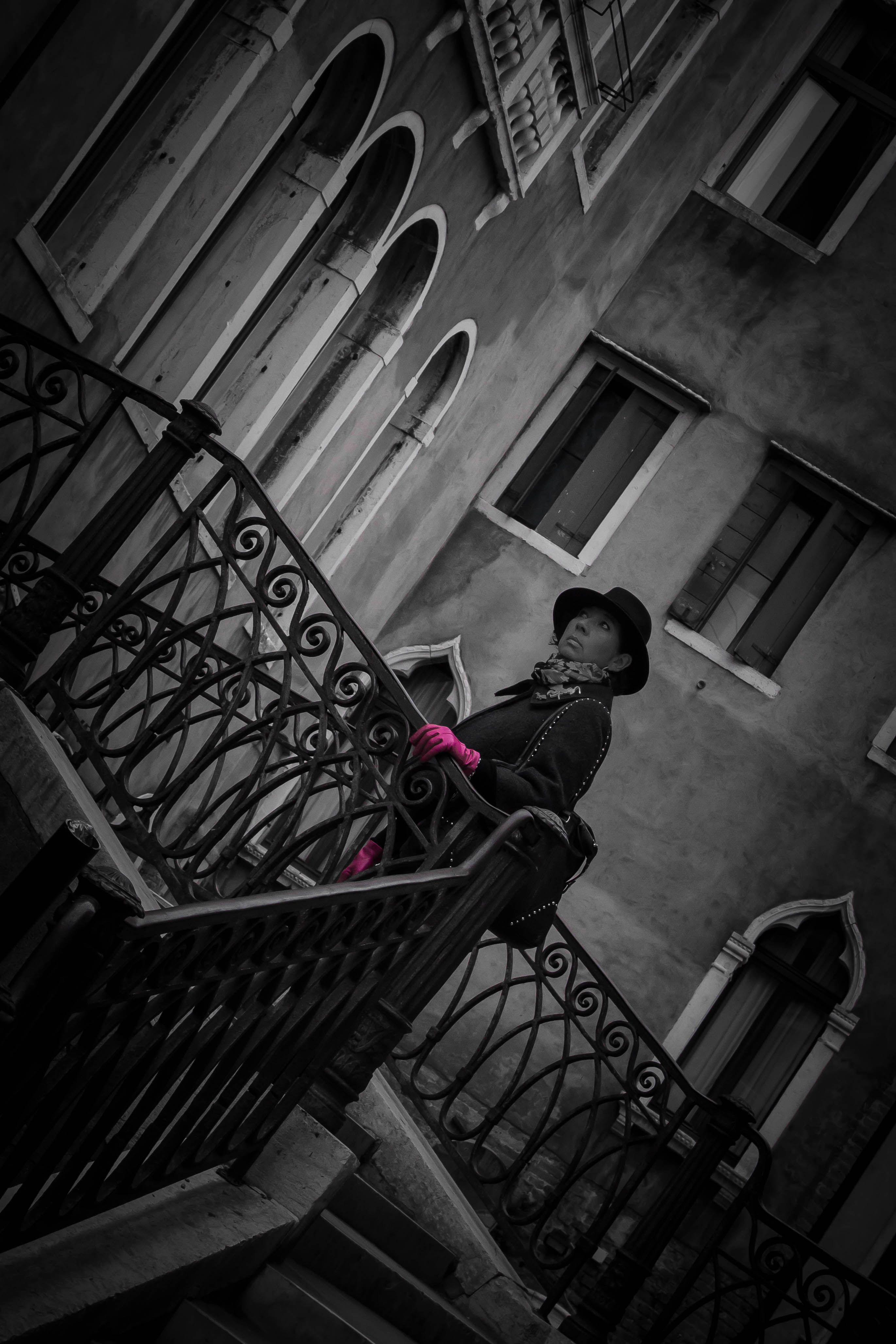 Pink gloves... La Serenissima, Italy