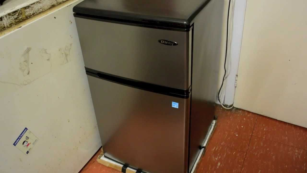 Small Refrigerator For Dorm Rooms